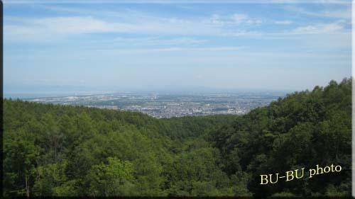 山の中腹からの景色デスョ。.jpg