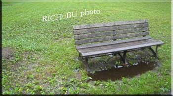 誰もいない公園・・・ナゼなら雨なのだから・・・。.jpg